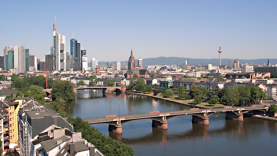 Frankfurt Skyline © Presse- und Informationsamt Tanja Schäfer