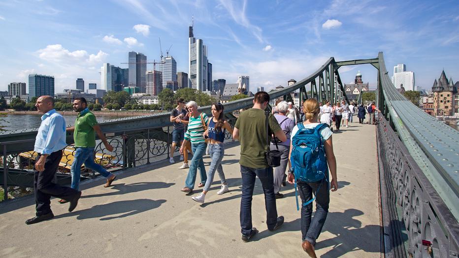Eiserner Steg Frankfurt, Foto: iStock